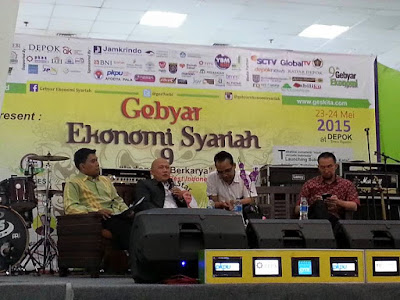 https://www.facebook.com/pages/Gebyar-Ekonomi-Syariah/635955363143944?fref=ts