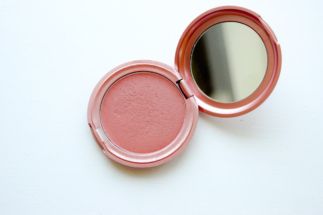 a picture of Stila Convertible Color in Peony