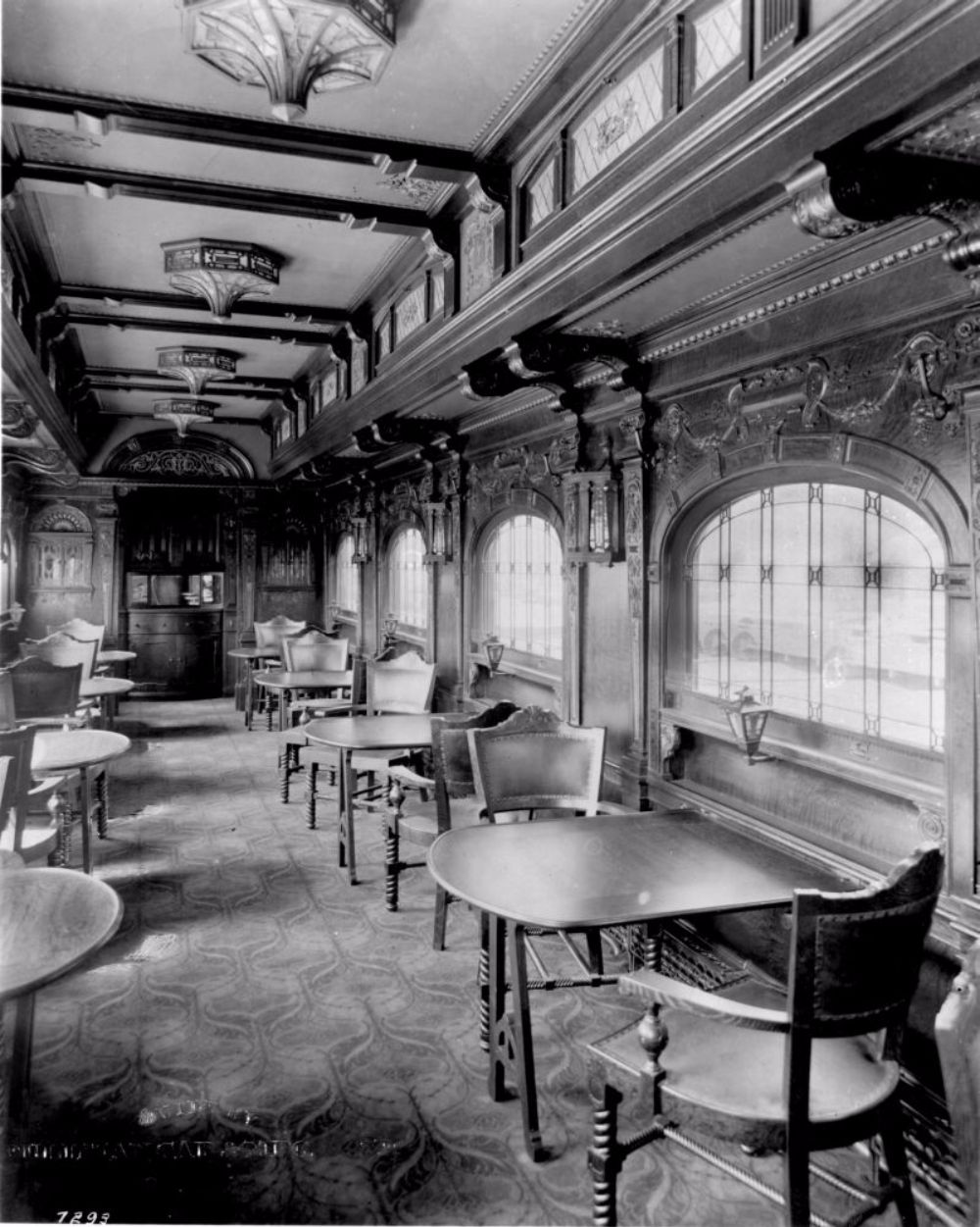 the glory days of train travel inside the pullman train cars the epitome of luxury palace cars. Black Bedroom Furniture Sets. Home Design Ideas