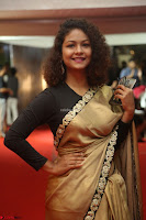Aditi Myakal look super cute in saree at Mirchi Music Awards South 2017 ~  Exclusive Celebrities Galleries 014.JPG