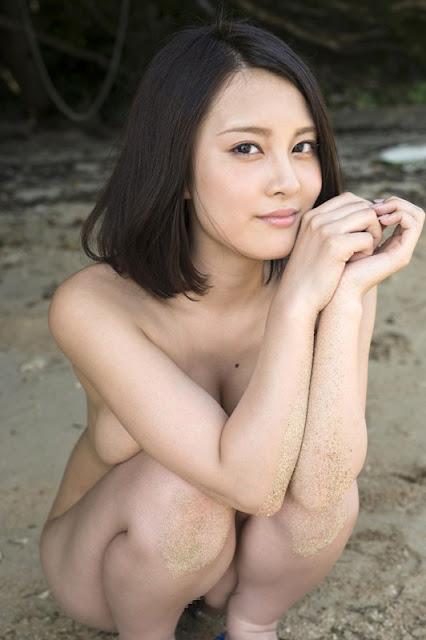 China Matsuoka 松岡ちな Photos 04