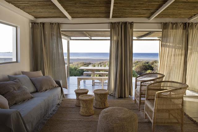 http://www.marieclaire.fr/maison/une-maison-de-vacances-face-a-la-mer,200439,1162753.asp