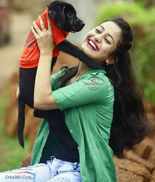 Elina Samantray Real life Hot Images Ollywood Actress