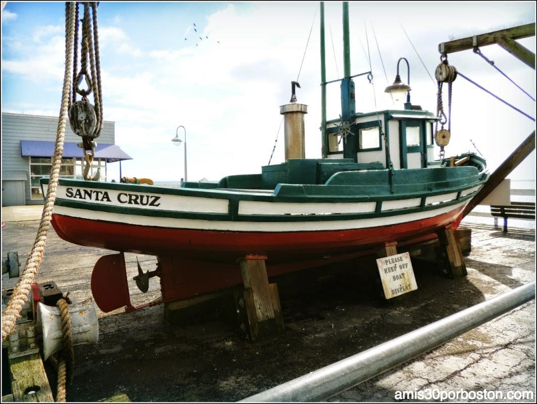 Santa Cruz Wharf: Marcella
