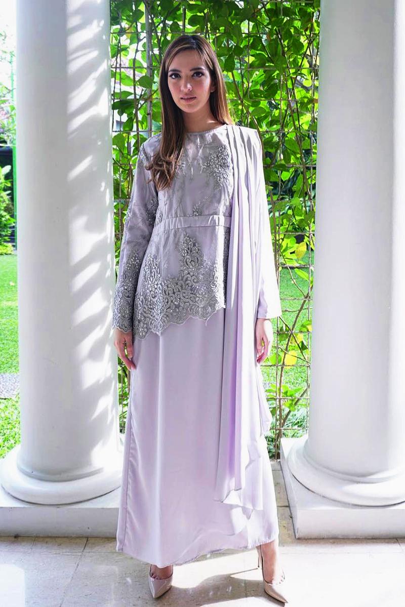 Tips beli baju lebaran secara online Nia Ramdhani