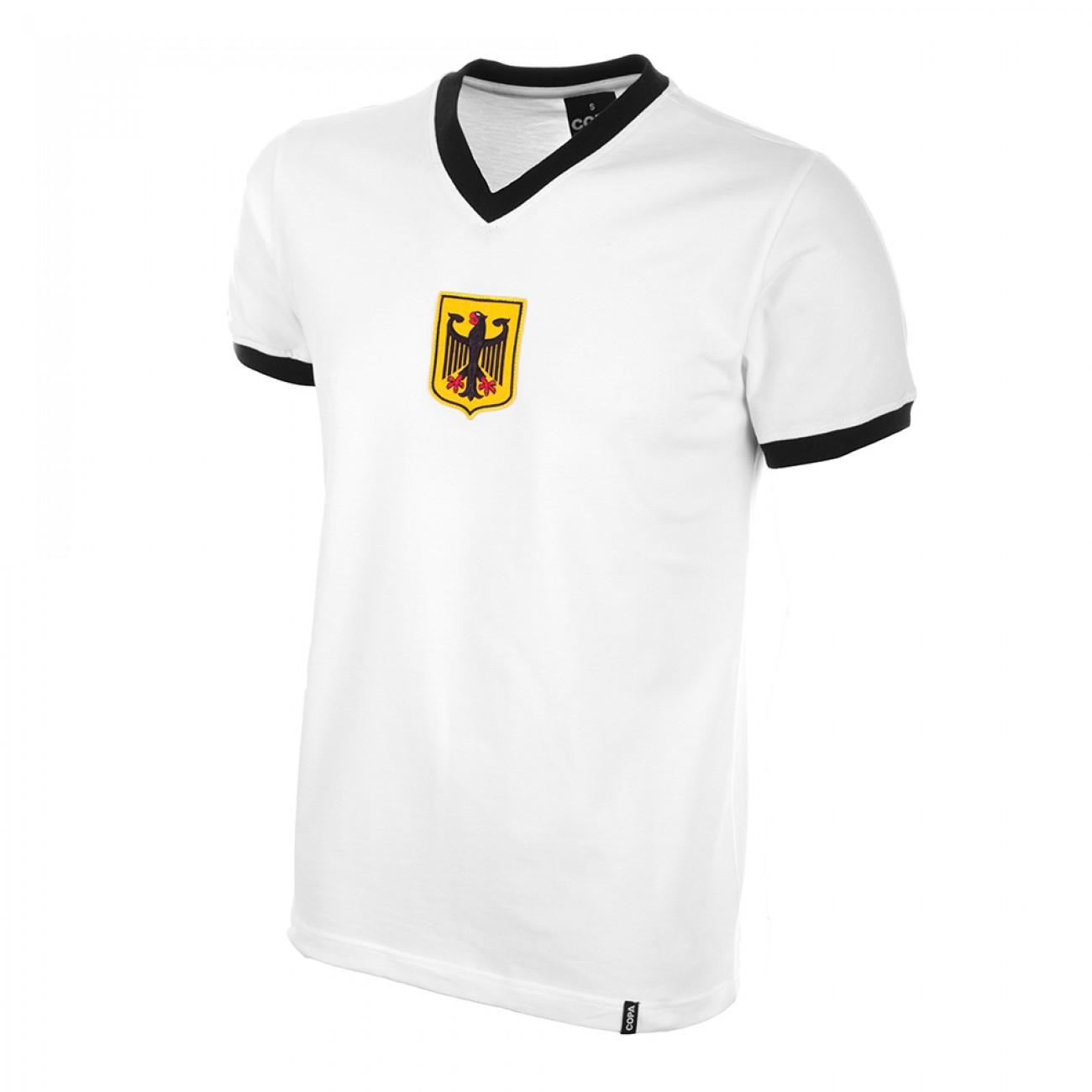 http://www.retrofootball.es/ropa-de-futbol/camiseta-alemania-a-os-70-rfa.html
