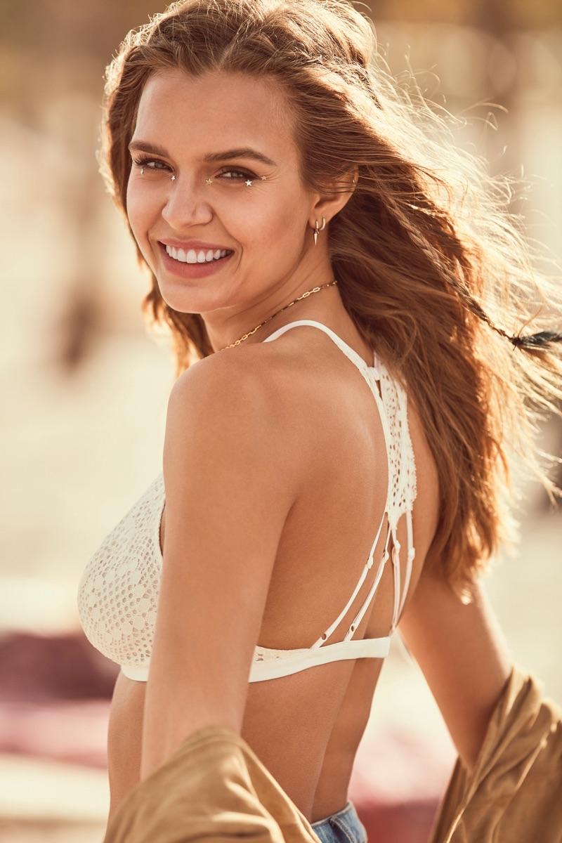 Victoria's Secret Very Sexy 2017 Campaign