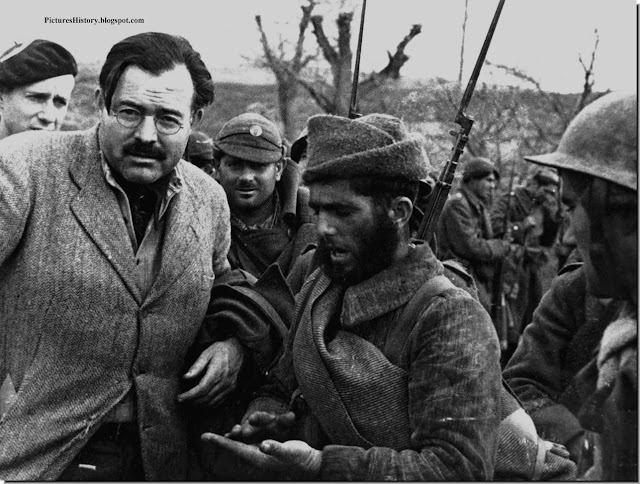 Spanish civil war Ernest Hemingway  Republican soldiers Aragon  photo  Robert Capa