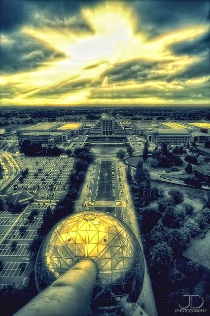 10 Best Places to Holiday in Belgium (100+ Photos) | The Atomium in Brussels, Belgium.