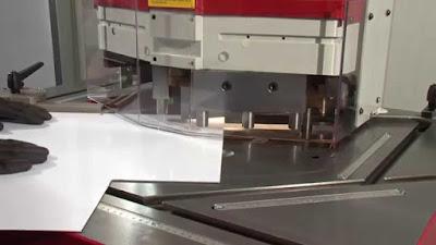 đục sắt tấm