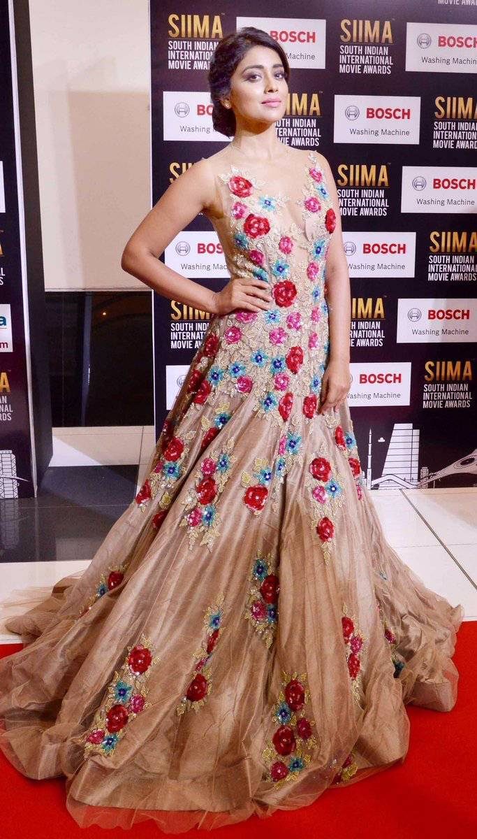 Actress Shriya Saran Photos At SIIMA Awards 2017