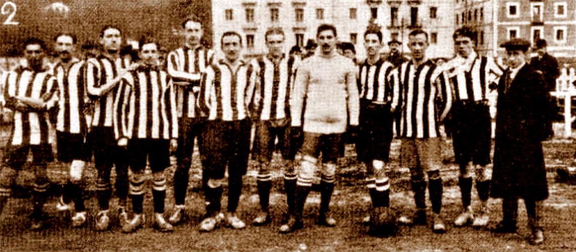 FOTOS HISTORICAS O CHULAS  DE FUTBOL Real%2BSociedad%2B1909%2B1910
