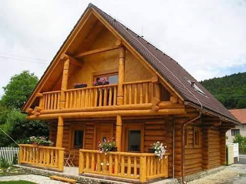 30 PHOTOS OF LOG HOUSE OR WOOD HOUSE STYLE