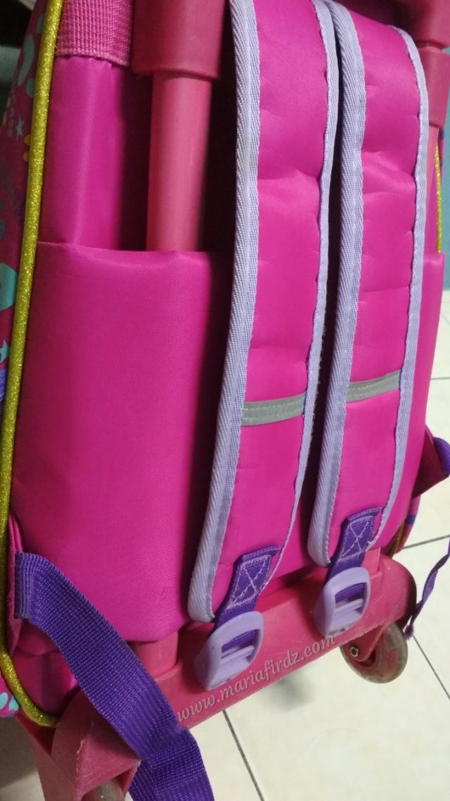 cuci beg sekolah
