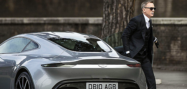 James Bond conduce un model nou de maşină Aston Martin în Spectre