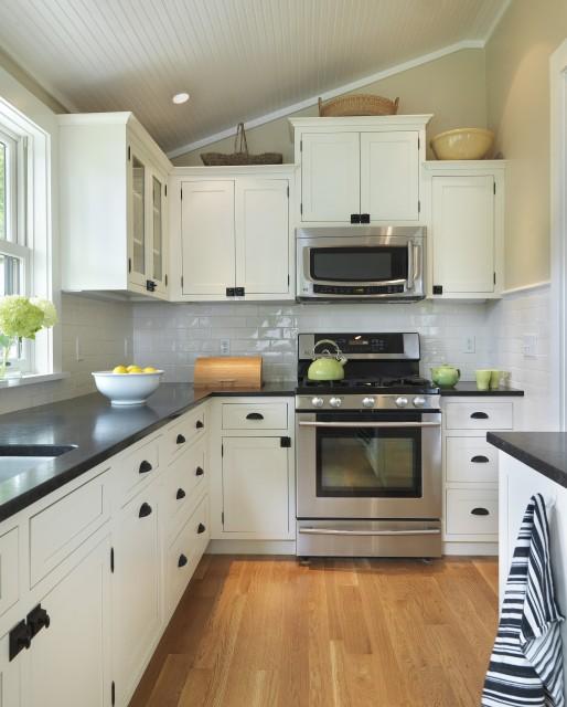 White Kitchen Cabinets With Black Hardware: Steward Of Design: Some White Kitchen Love