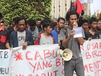 Tolak Pertambangan dan Sawit, Mahasiswa Datangi DPRD Kal-Sel