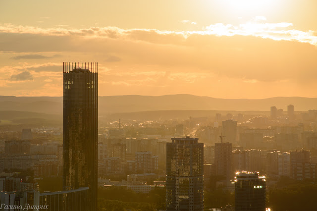 Вид с Высоцкого закат фото
