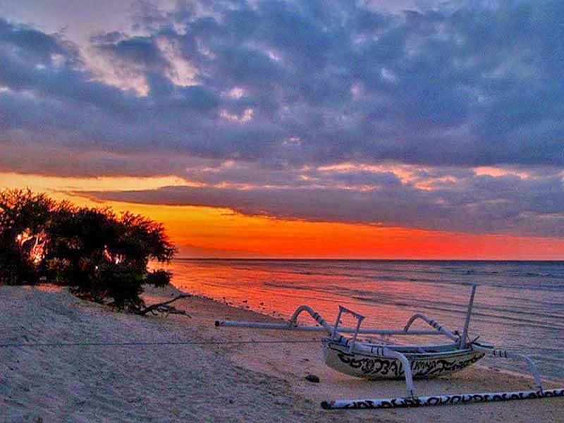 sunset di gili trawangan, foto sunset di lombok, fotografi sunset, wisata lombok