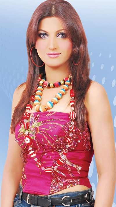 Latest Pakistani Celebrity Gossip News, Pakistani Gossips