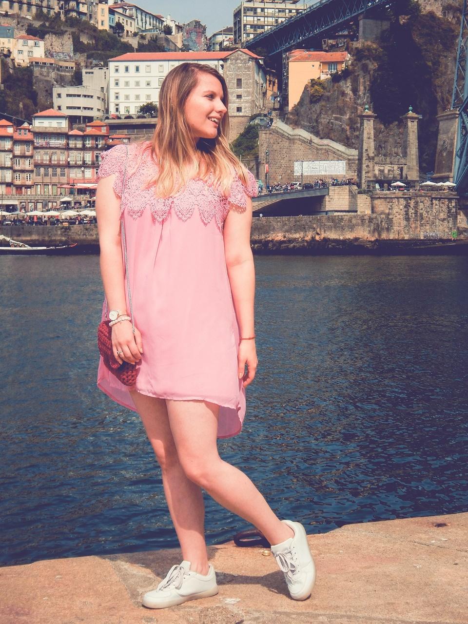 3  czy warto kupować w zaful gamiss sammydress dresslily porady recenzje opinie moje ubrania różowa sukienka z koronką białe sneakersy rene pleciona torebka ręcznie robiona handmade
