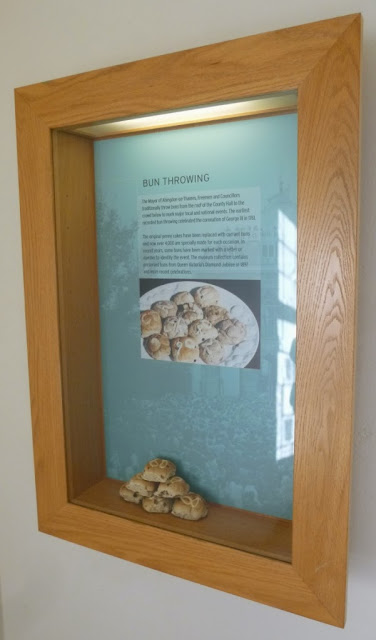 One of the special Bun Throwing displays in Abingdon County Hall Museum