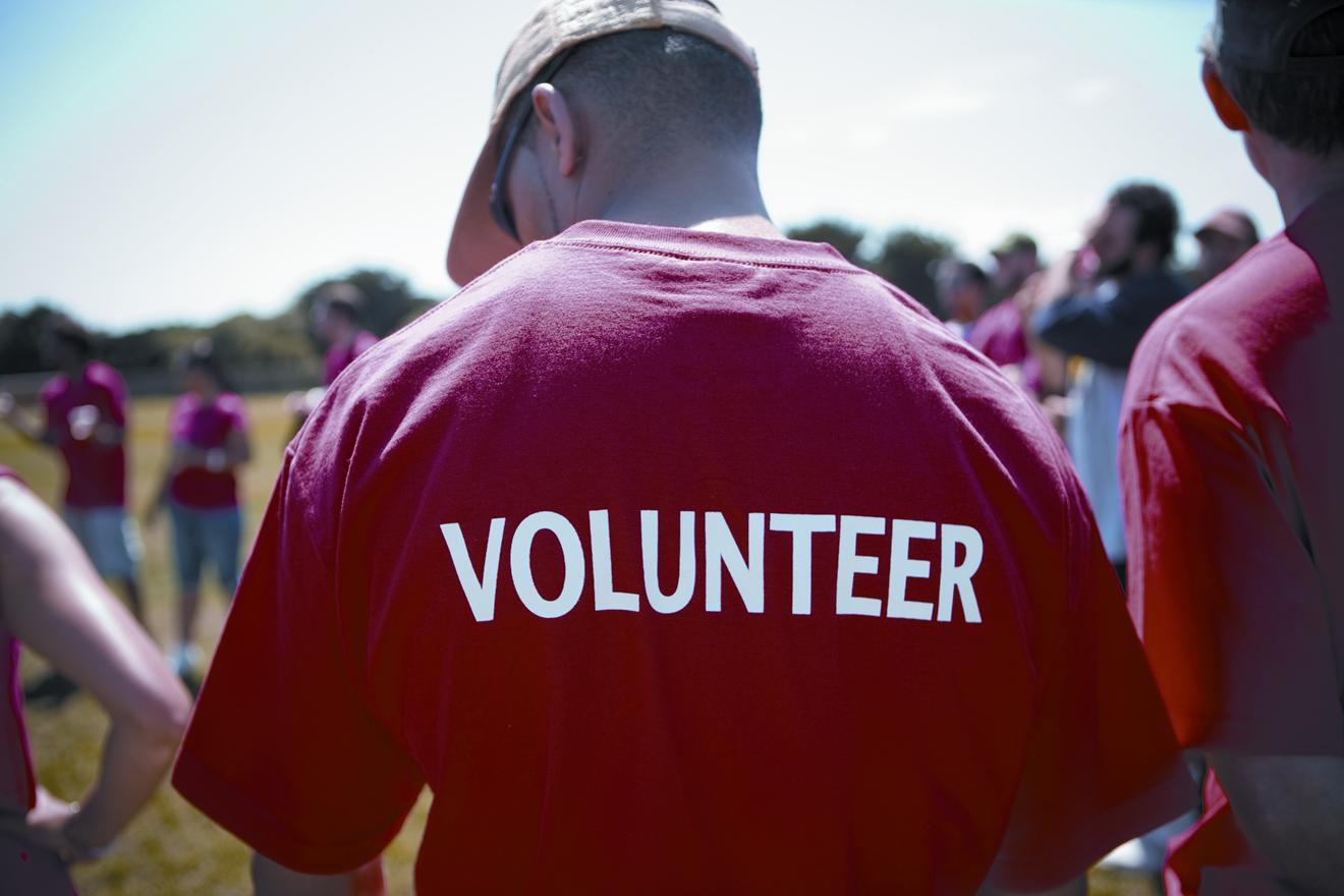 Jadi Relawan, Apa Sih Manfaatnya? #HariRelawanSedunia
