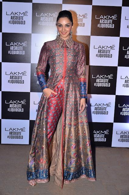 Kiara Advani In Anita Dongre At Anita Dongre's LFW 2017 Grand Finale