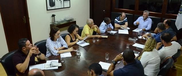 Secretários recebem representantes das associações de moradores de São Pedro da Aldeia
