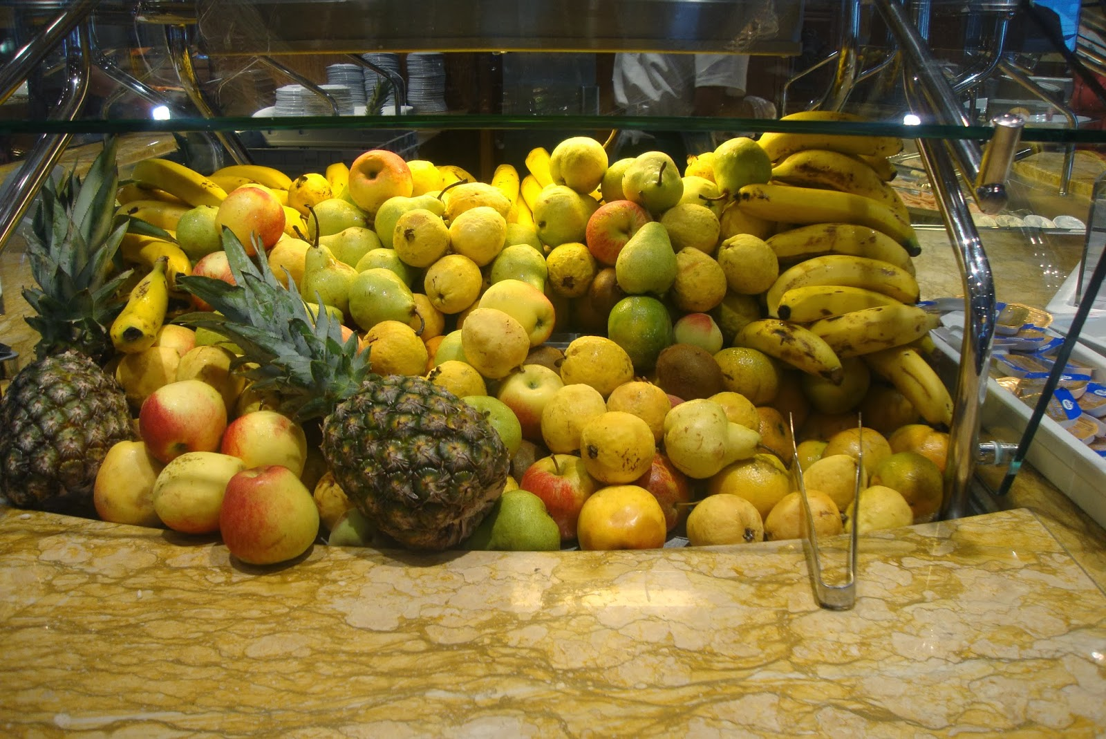 Frutas do café da manhã do navio MSC Preziosa