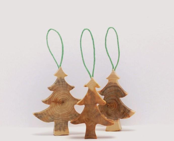 adornos de navidad con madera recuperada