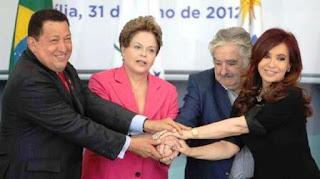 """El ex presidente uruguayo planteó que no sabe """"cómo van a salir de la crisis"""" esos gobiernos"""
