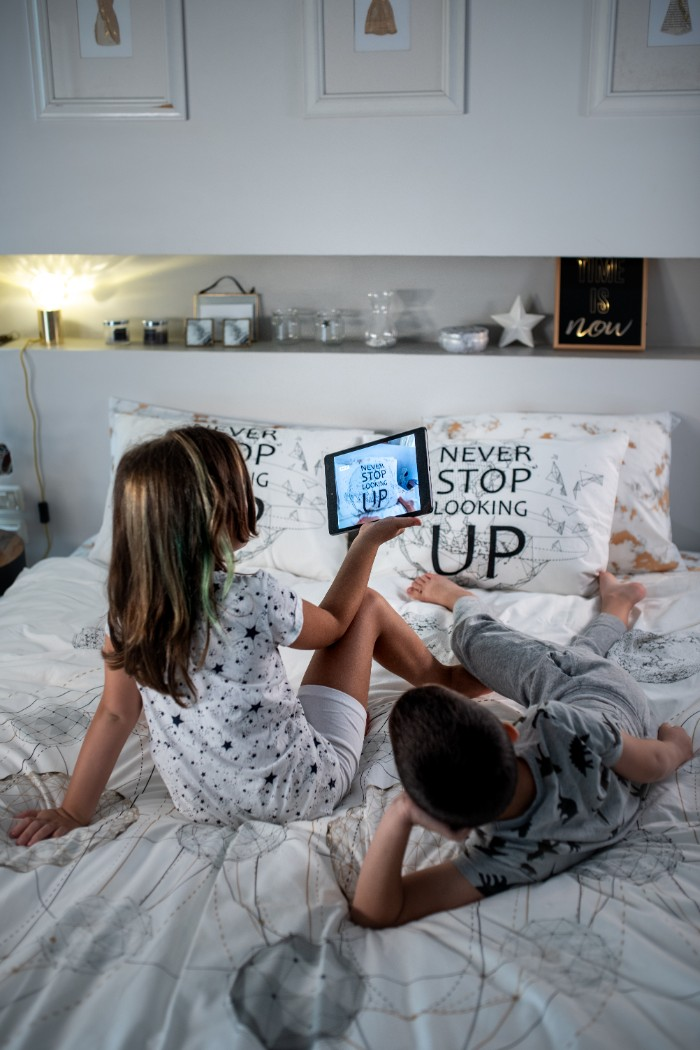 מצעי ורדינון מתעוררים לחיים עם מציאות רבודה Augmented Reality צילום: תמי בר שי