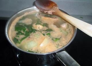 elaboración de la sopa de congrio