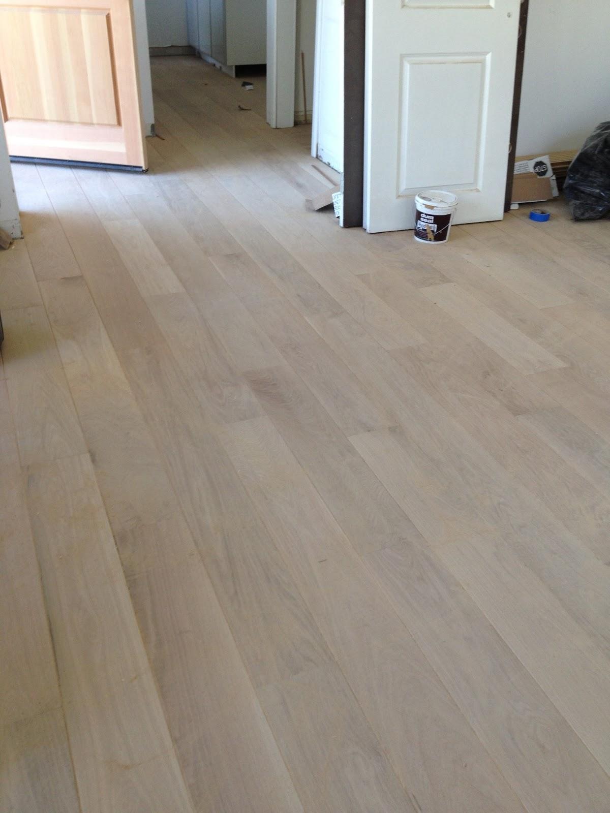 Oak Wood Floors Accent Gray Walls Highlighting A White: Nbaynadamas Furniture And Interior