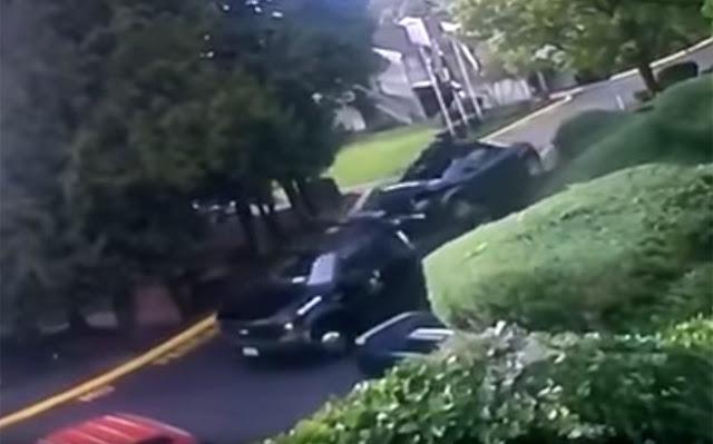 Τα κατάφερε ο φορτηγατζής  και κατέληξε μαζί με το  σε κρεβατοκάμαρα! (ΒΙντεο)