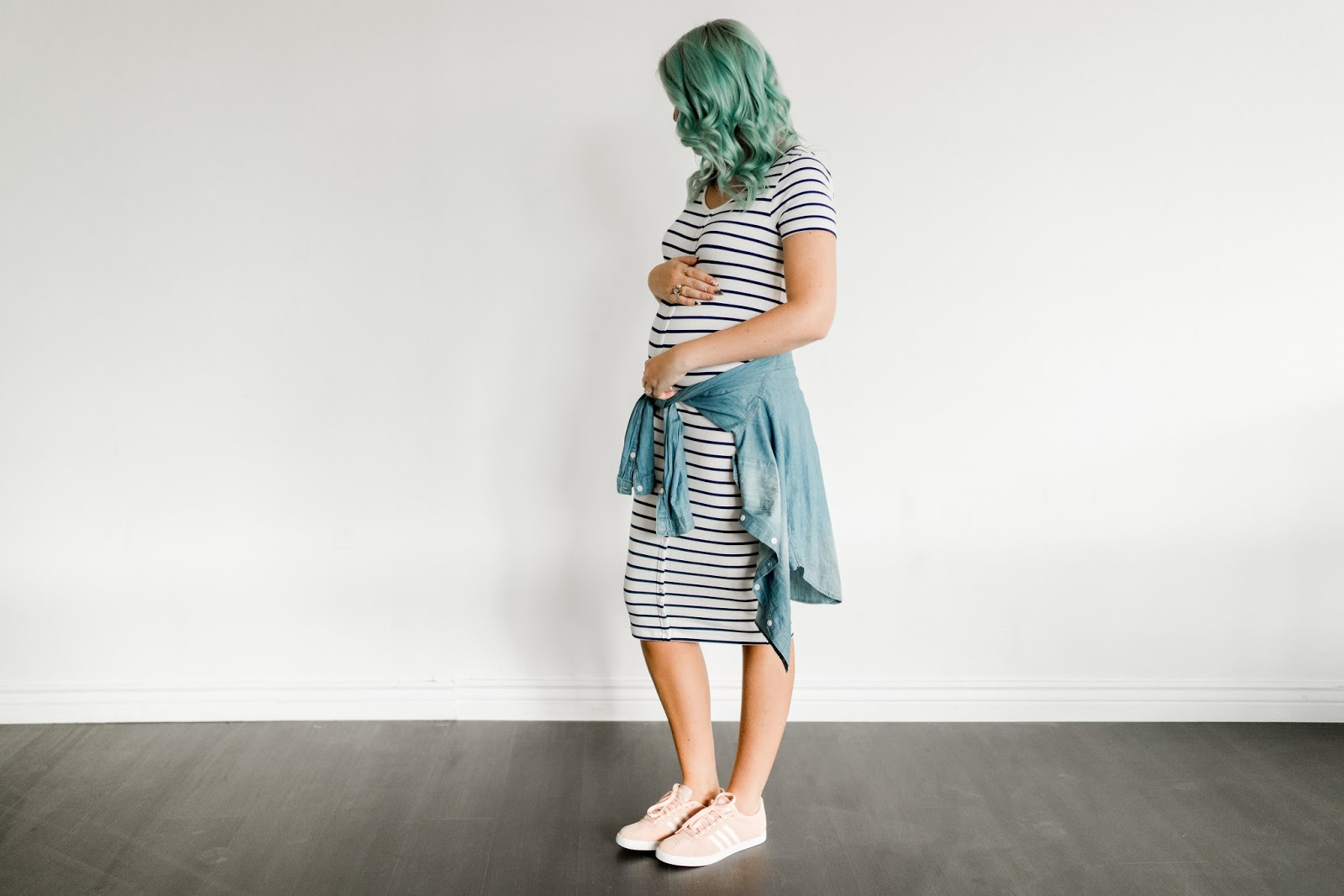 Blue Hair, maternity look, Pink Adidas