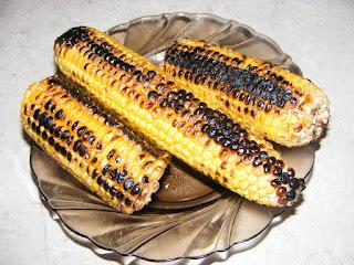 Porumb zaharat copt reteta de casa la tigaie cu sare retete stradale de sezon mancare gustare post vegan cereale,