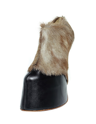 zapatos de plataforma con pata de cabra