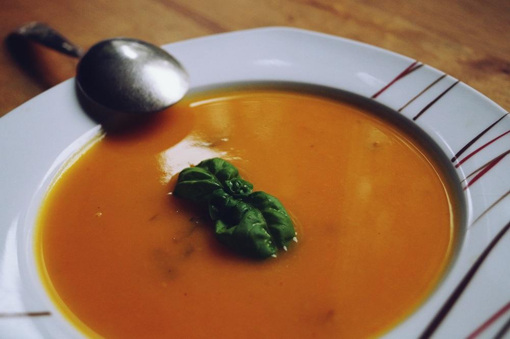 Süß-Würzige Apfel-Kürbis-Suppe