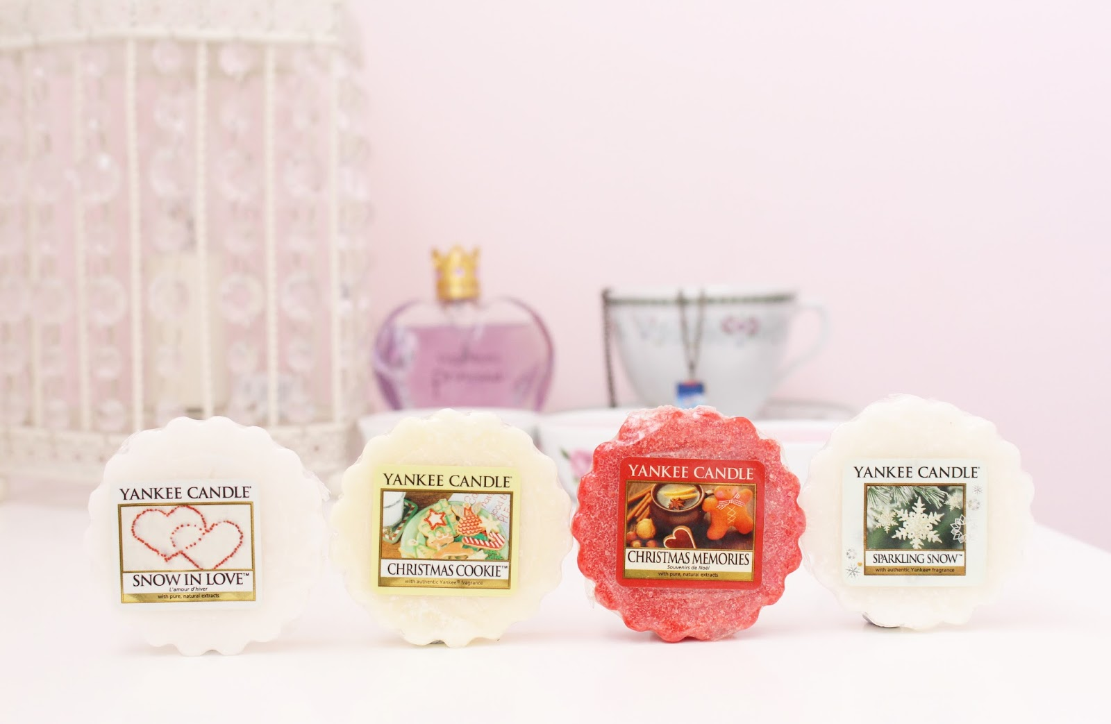 Yankee Candle Snow In Love, Christmas Cookie, Christmas Memories and Sparkling Snow Wax Tarts