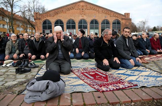 مسؤلين في البرلمان الالماني يدعون الى الاعتراف في الاسلام في اوروبا