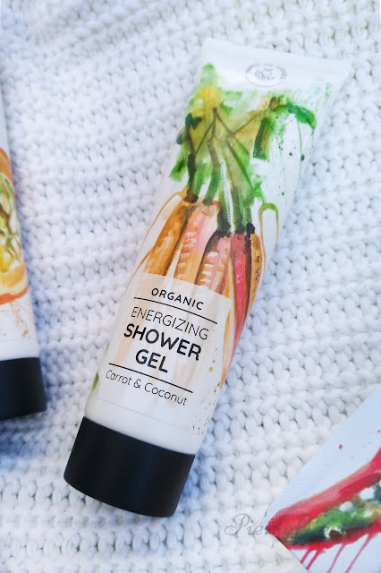 shower gel hands on veggies