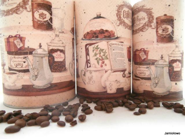 motyw z serwetki z kawą