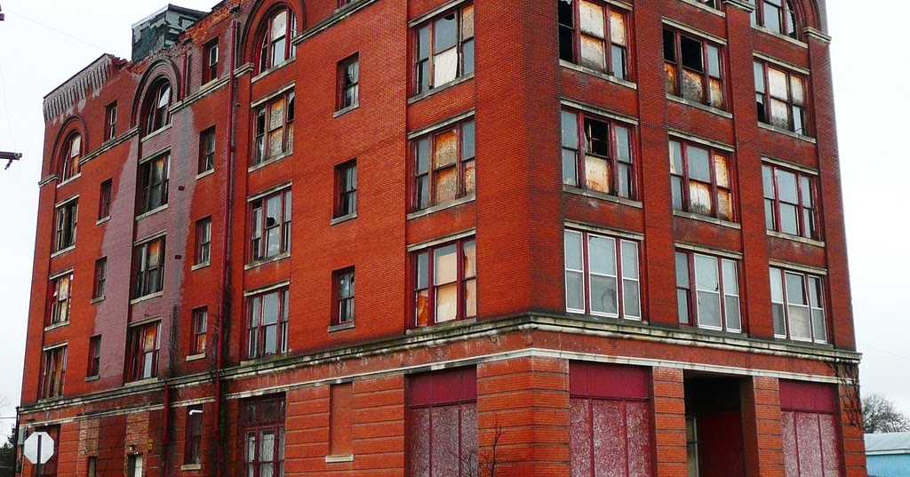 Deserted Places: The Urban Ruins Of Cairo, Illinois