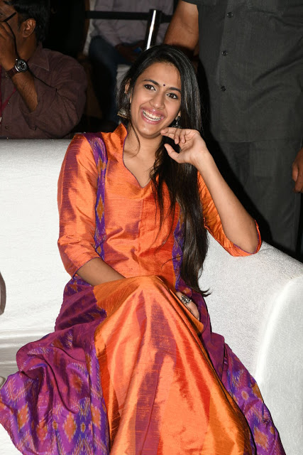 Niharika Konidela At Mister Movie Pre Release Event -2734