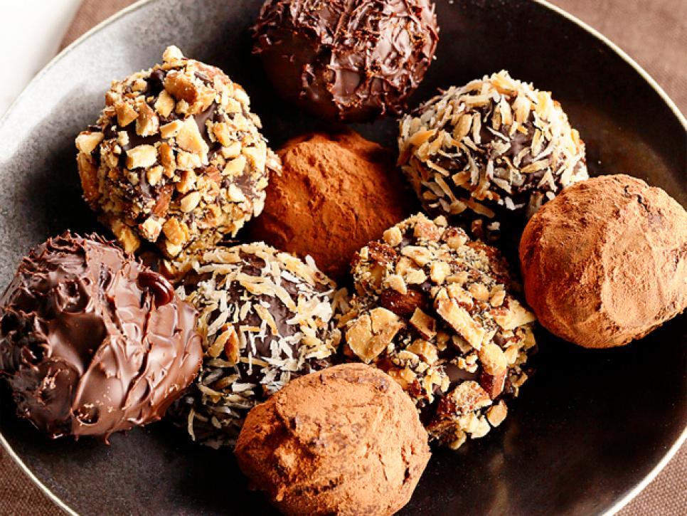 How to Make Chocolate Truffles Recipe - Home Made