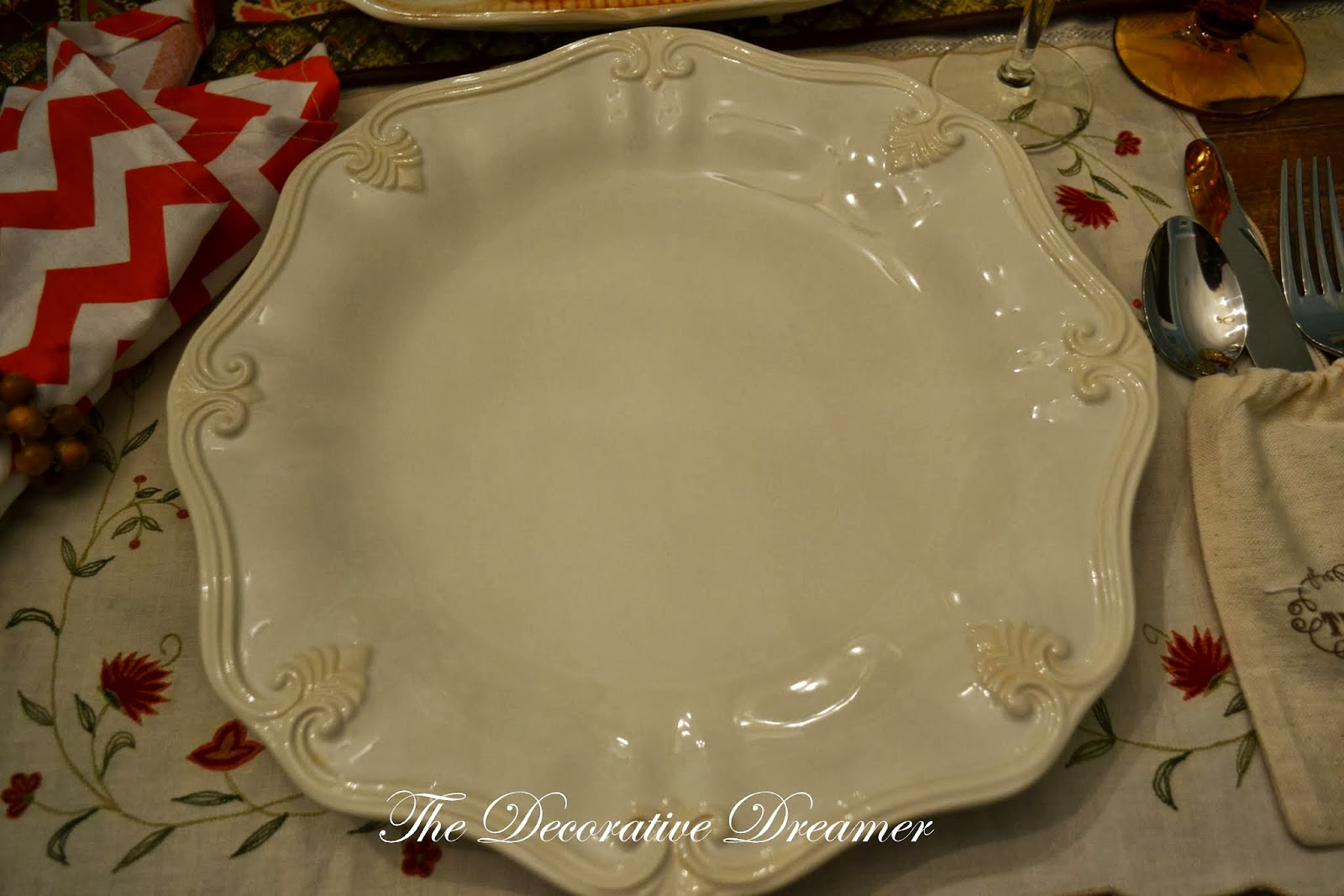 The Decorative Dreamer: Thankful Tablescape