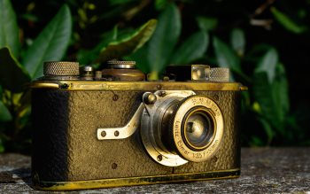 Wallpaper: Vintage Leica Camera Museum