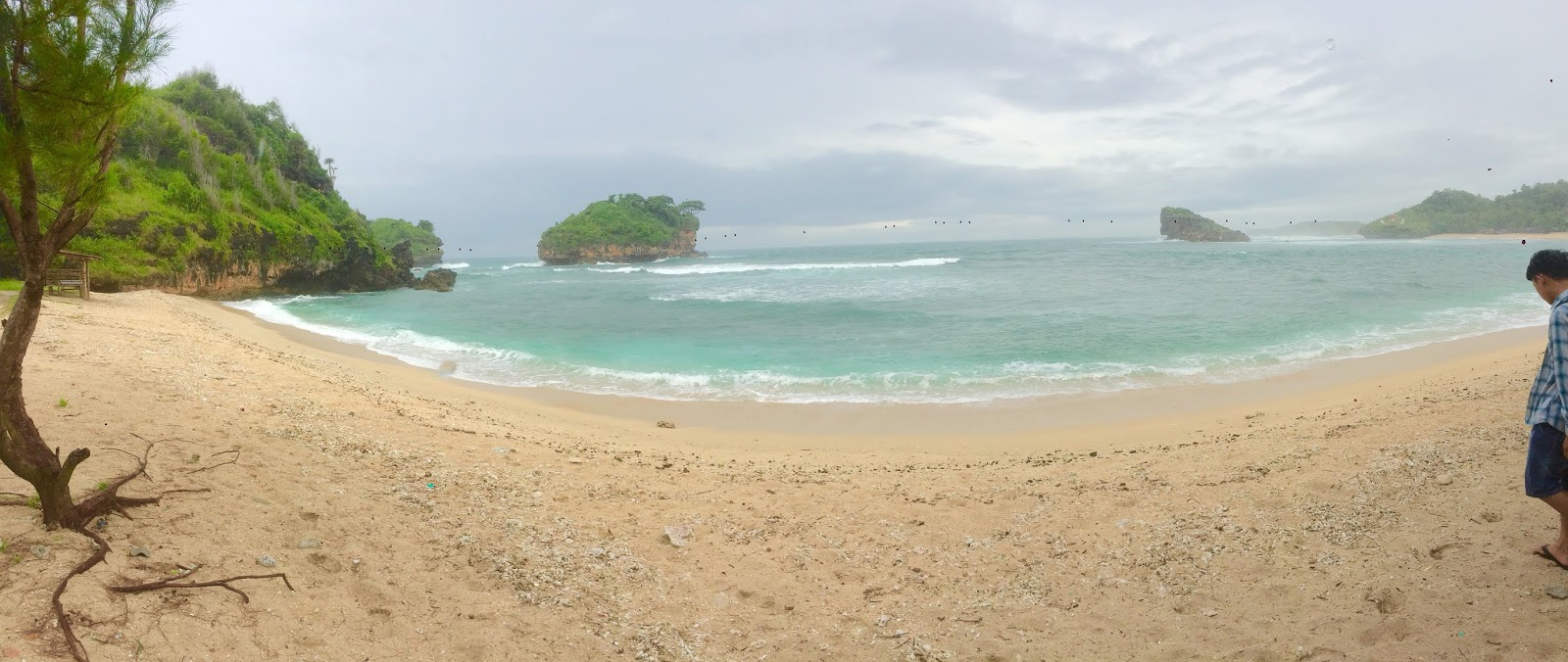 Pantai Watu Karung Beach Pacitan Indonesia